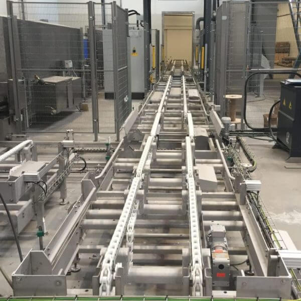 SEMI-STAAL Conveyor Systems
