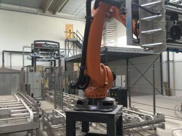 SEMI-STAAL Washer Tub-Tote Machine Robot Arm